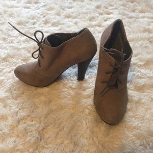 Aldo ankle boots heeled, suede, sz 37